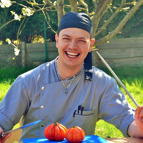 Cuisinier de notre crèche de Strassen. CAP-BEP Domaine cuisine et Bac professionnel des métiers de la restauration. futur papa Aux P'tits Malins depuis mars 2011